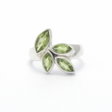 Cut peridot silver ring