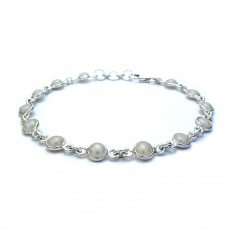 Dainty pearl silver bracelet