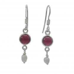 Garnet and pearl silver earring