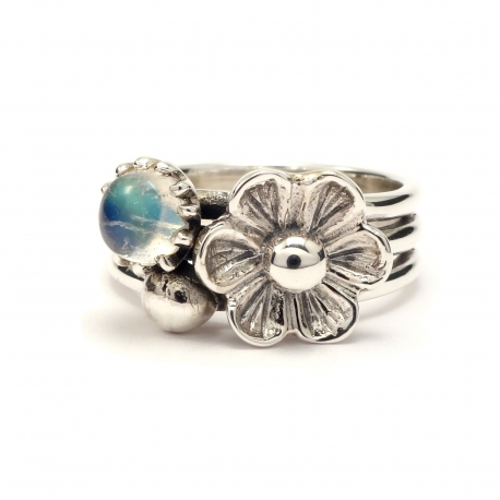 Three band silver flower ring with moonstone