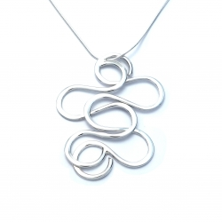 Silver squiggle pendant