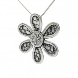 Woven flower silver pendant