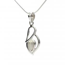 White pearl silver pendant