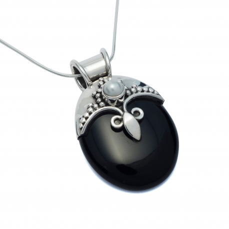 Black onyx and white pearl silver pendant