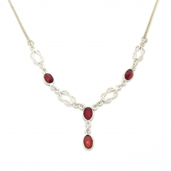 Cut garnet silver necklace