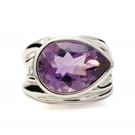 Tear drop cut amethyst silver ring