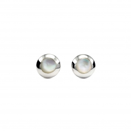Mother of pearl round stud earrings