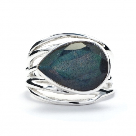 Tear drop cut labradorite silver ring