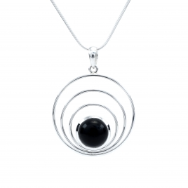 Concentric silver circles pendant with black onyx