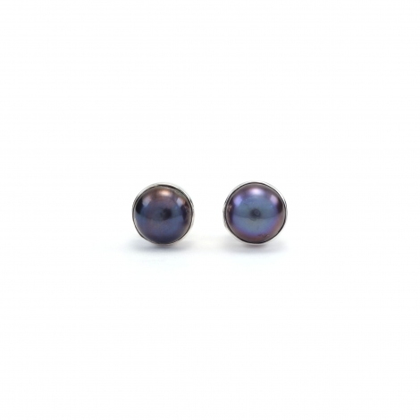 Grey pearl silver stud earrings